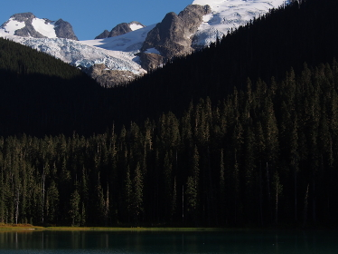 カナダ・西海岸のウィスラーマウンテンには沢山の氷河がある