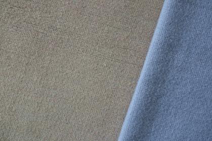 ブルーとグレーのニットで作る背景 2