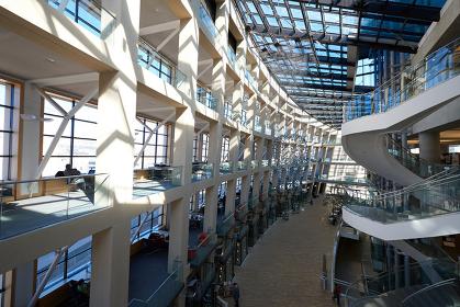 アメリカ ソルトレイクシティ公共図書館