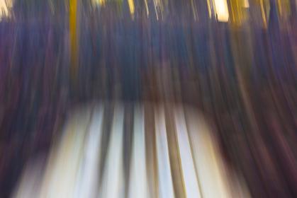 揺れるブランコからの画像