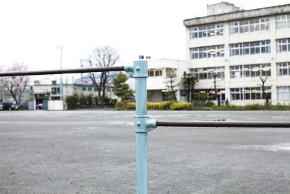 小学校の鉄棒