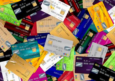 複数のクレジットカードを俯瞰で撮影した画像
