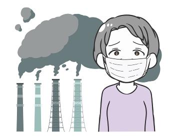 工場の排気ガス マスクの高齢女性