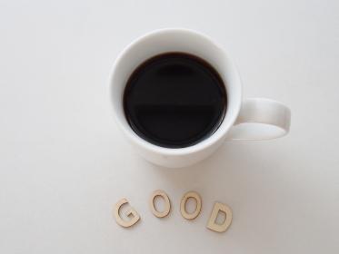コーヒーカップとGOODのイメージ