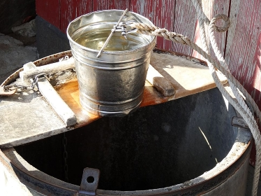 つるべと井戸