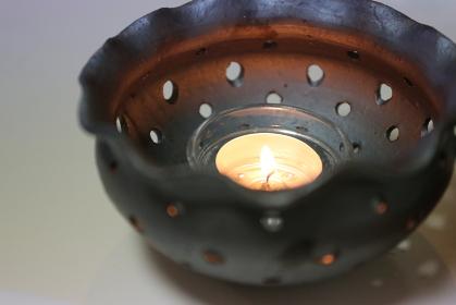 香炉の中の炎