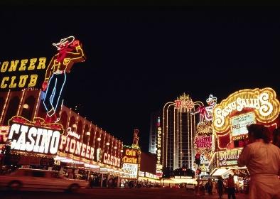 ネオン輝くギャンブルの街ラスベガス旧市街