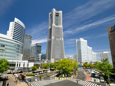 桜木町駅前と横浜ランドマークタワー 神奈川県横浜市