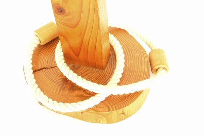 木製の輪投げ