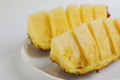 芯まで食べられる台湾パイナップル
