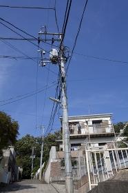 住宅街の電線