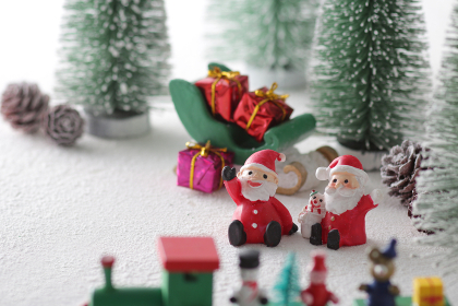 サンタクロースとクリスマスのイメージ