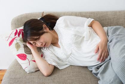 苦しむ妊婦さん