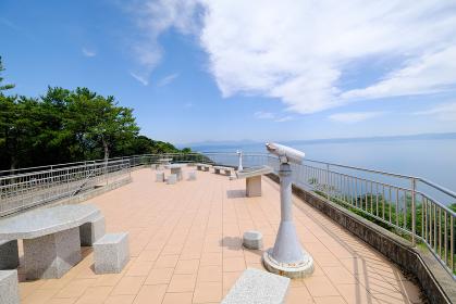 桜島を眺める吉野公園の展望台