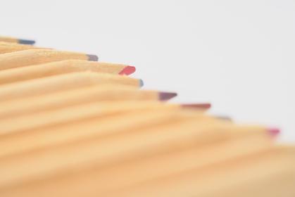 斜めから見た色鉛筆