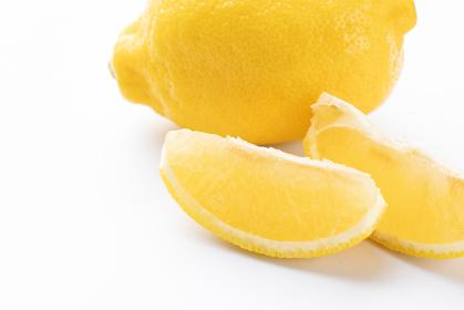 カットレモン 白背景