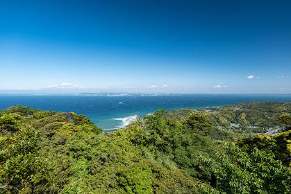 初夏の千葉県鋸山山頂からの眺め 5月
