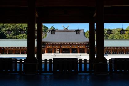 橿原神宮の本殿 神社 和風