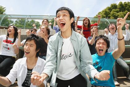 熱狂する観客