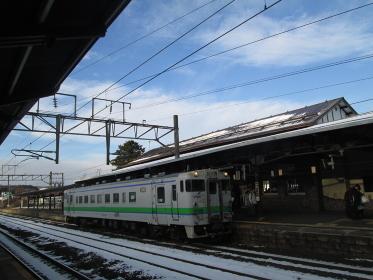函館本線登別駅 キハ40