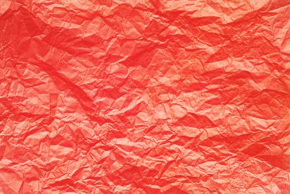 しわくちゃな赤色のお花紙