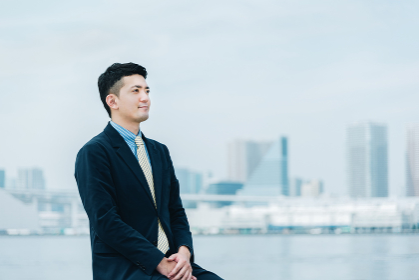 30代 男性 ビジネスイメージ