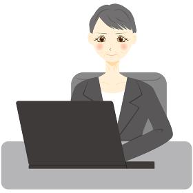 パソコン 会社員 ミドル 女性 上半身