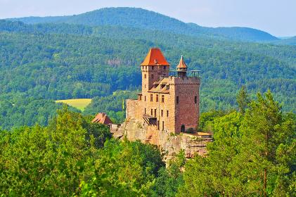 erlenbach berwartstein castle in dahner felsenland-castle berwartstein in dahn rockland,germany