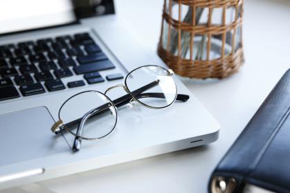メガネ 眼鏡
