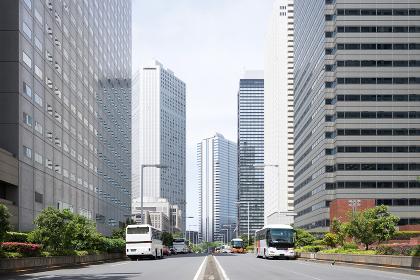 都市の高層ビル群(アイレベル)