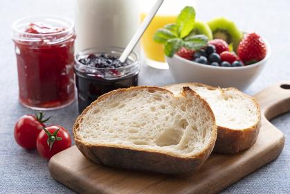 グラノーラの朝食イメージ