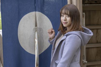 尾道観光を楽しむ女子大学生