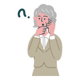 スーツ 女性 シニア 携帯電話 スマホ 士業 考えている