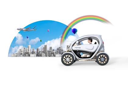 ショートヘアのビジネスウーマンが近未来で発展を遂げた大都市をシステマチックな自動車で走行する