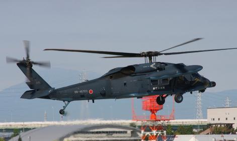 航空自衛隊のUH-60J救難ヘリコプター(2010年小牧基地航空祭)