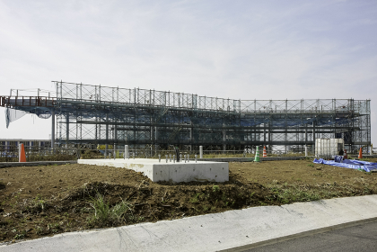 建設中の新東名高速道路の駿河湾沼津SA(沼津市・静岡)