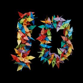 黒バックに折り紙の鶴で作った数字の10