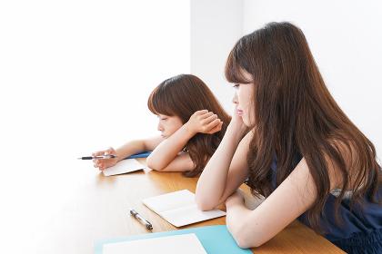 授業に退屈している学生