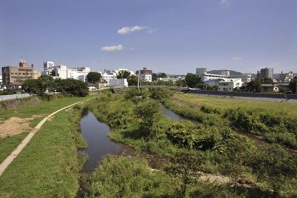初秋の盛岡・街中を流れる中津川