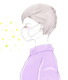 マスクをしたシニア女性と花粉症