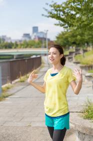 フィットネスイメージ 女性 走る