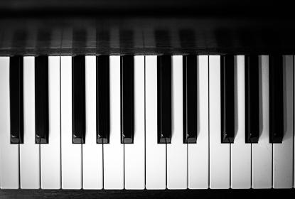 ピアノの鍵盤 黒