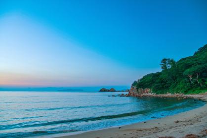萩城址石彫公園から眺める日本海の夕暮れ