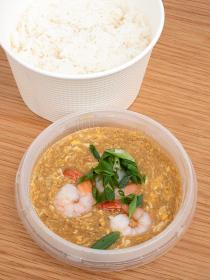 タイ料理 海老の玉子カレー炒め