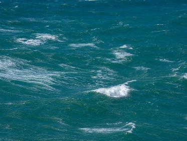 初夏の東京湾 青い海 5月