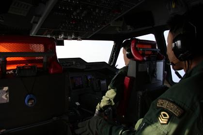 US-2の操縦席(2010年海自岩国航空基地主催US-2体験搭乗イベント)
