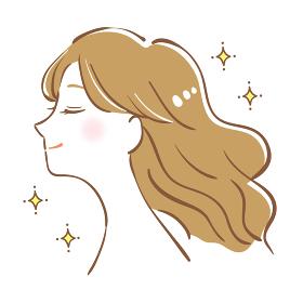 パーマをかけた髪が綺麗な女性