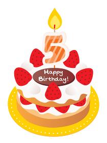 5歳のキャンドルをのせた苺と生クリームのお誕生日ケーキ
