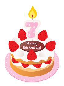 7歳のキャンドルをのせた苺と生クリームのお誕生日ケーキ