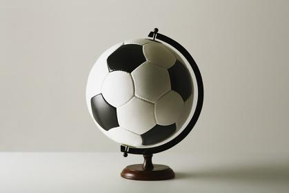 サッカーボールの地球儀